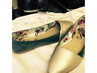 Women Multi Coloured Navy And Silver Stylist Pump Shoes