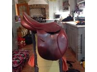 Brown leather caprilli bates jumping saddle for sale 17.5 inch