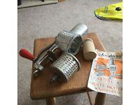 Vintage Spong food slicer