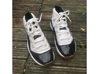 Nike air Jordan concord 11 trainers size 6
