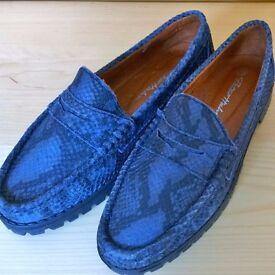 PETER HAHN SHOES BLUE LEATHER LOAFERS SLIP ON NON-SLIP GRIP SOLES DESIGNER ITALIAN