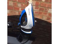 Russel Hobbs iron - £1 - Collect from Luton