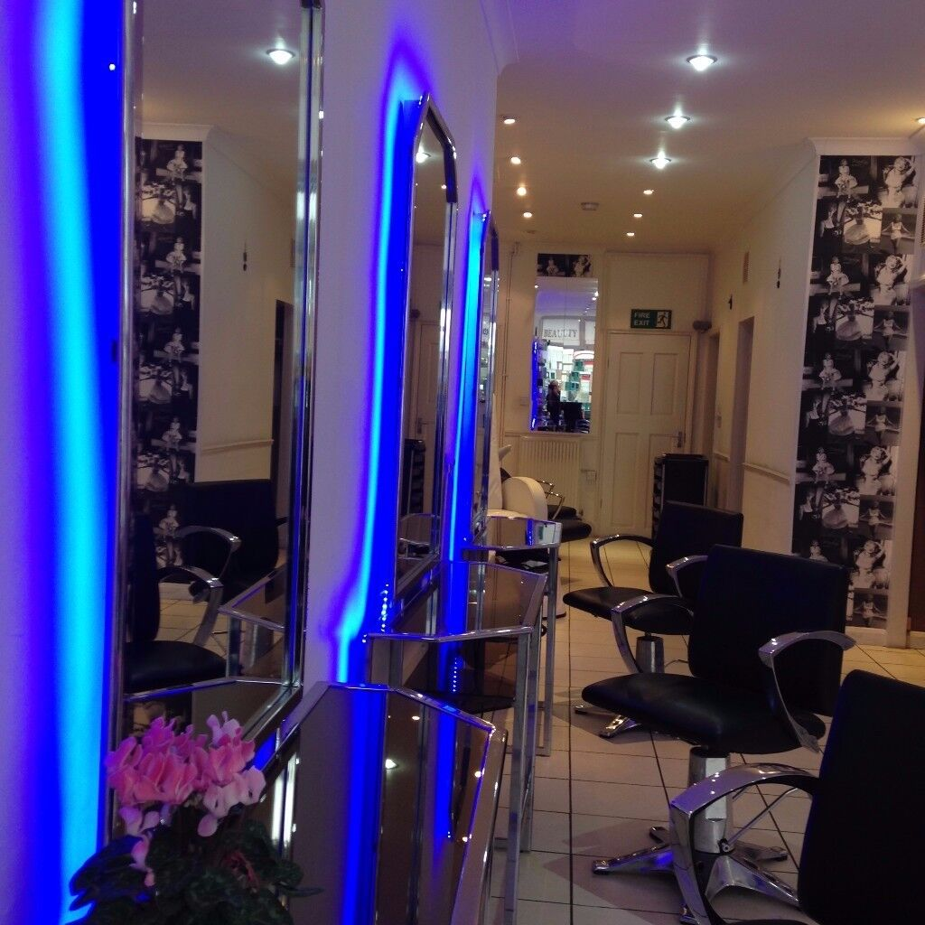 beauty treatment room for rent