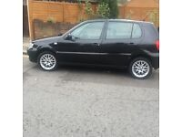 Hi my nameeee is sam this car is very good car driving good one little damage the door no tax no mot