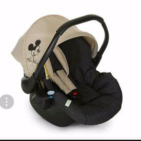 Hauck Disney 0+ car seat - Brand new