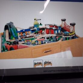 Table TRAIN SET ***EXCELLENT Condition***