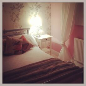 Dumfries House to Rent, 3 double rooms, 2 bathrooms