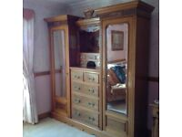 Huge wardrobe/ chest of drawers.