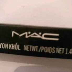 Mac black eye liner