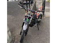 M2R 110cc Pitbike ( pit bike, 110 125, cr50 , carbon )