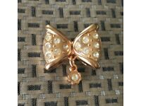 Little Gold Bow-knot Brooch