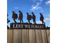 LEST WE FORGET SOLDIER GARDEN DECORATION
