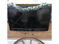 "Panasonic viera 32"" hd tv with freeview and freesat built in"