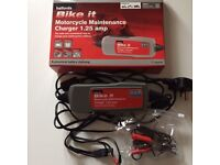 Halfords Motorcycle Maintenance Charger 1.25 Amp - as NEW