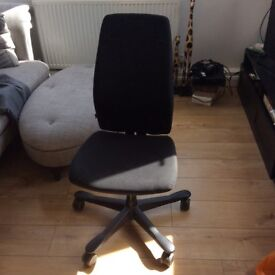 2 black office chairs great condition