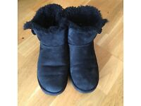 Genuine Ladies Black UGG Boots - Good Condition - Size 5 1/2