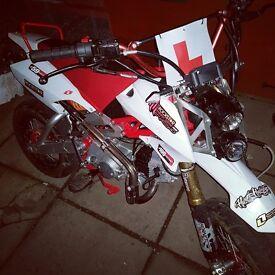Road legal pitbike 125