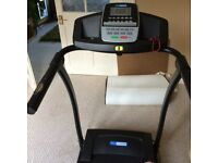 Pro Fitness Motorised Treadmill with Manual Incline. Excellent condition.