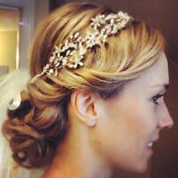 Mobile Wedding hair stylist