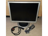 """Samsung Sync Master 920N 19"""" Inch VGA Monitor with IEC Power and VGA Cables"""