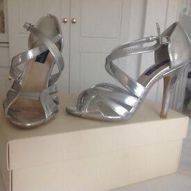 Principles dress shoes size 3