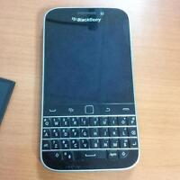 Unlocked BlackBerry Classic in MINT Condition