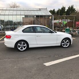 BMW 1-Series Manual Coupe White, Just been serviced, 3 owners, Next MOT due 30/11/2017, FSH