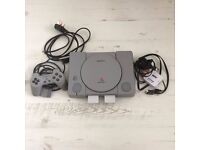 Playstation 1 SONY PAL SCPH-9002 With controller and games