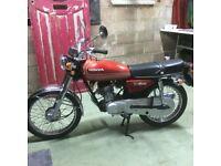 Vintage CG125 Classic Cafe racer style Honda Motorbike