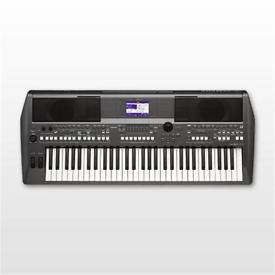 Yamaha psr S670 arranger