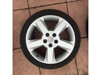 Vauxhall 17 inch wheels with BRAND NEW TYRES