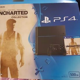 Boxed Ps4 500gb 2 controllers 4 games