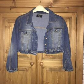 Cropped denim jacket 14