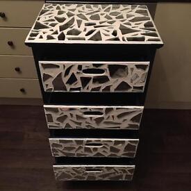 Mirror mosaic drawers