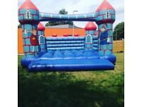 Commercial bouncy castle 20ft