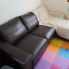 L hand corner leather sofa