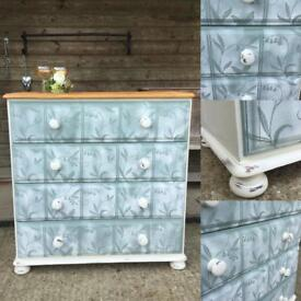 Gorgeous Pine Chest of Drawers