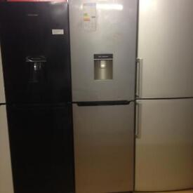 Fridge freezer with waterdispenser