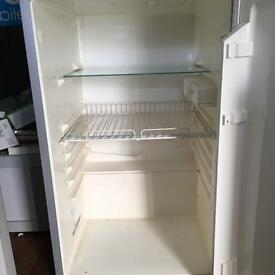 Servis fridge