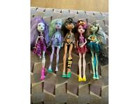 Monster high dolls x5