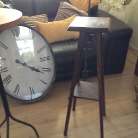 Antique plant/ lamp stand.. Old Tilly lamp..great for up cycle