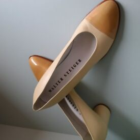VINTAGE Designer Classic Leather, HANDMADE in Italy, W. Steiger Pumps NEVER WORN - Size 6.5