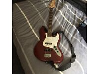 Redwood bass with small amp and case