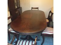 Mahogany dining set with extendable table and 6 chairs
