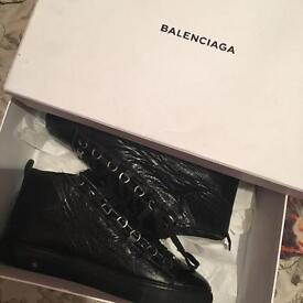Balenciaga all Black size 8