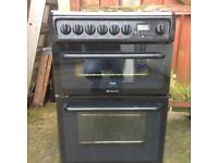 Black Hotpoint Ceramic Top Cooker