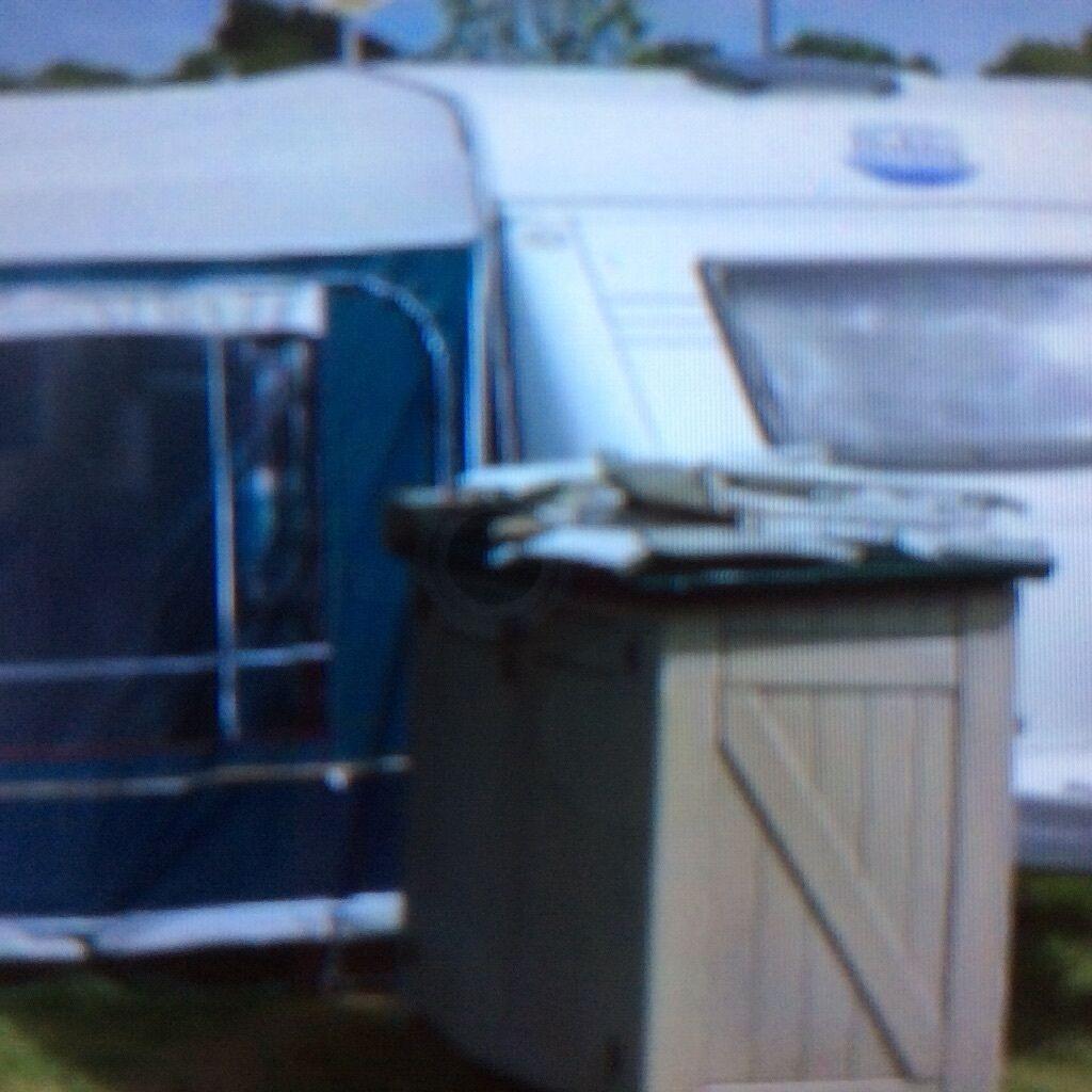 Hobby 635 Uk Special Caravan In Kilgetty Pembrokeshire
