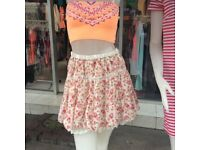 Beautiful Elasticated Waist Floral Print Casual /Club Mini Skirt Size S. M