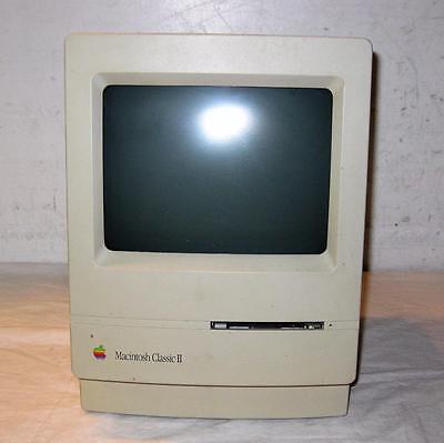Vintage Apple Macintosh Classic II M4150 Computer Parts/Repair