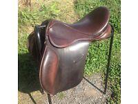 """17.5"""" Brown GP Saddle (Medium Fit)"""